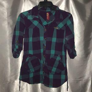 Apple 🍎 bottoms button up shirt Juniors size M